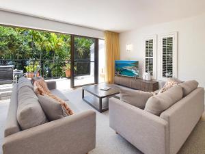 Bayona Apartments