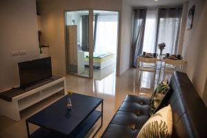 B35M Mosaic Condominium - Wang Chan