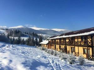 Курортный отель Изки, Изки