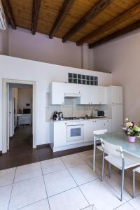 Kyanos Residence, Apartmány  Syrakúzy - big - 52