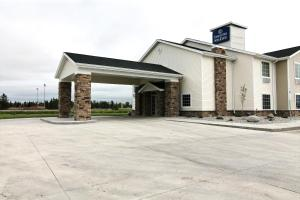 Cobblestone Hotel and Suites - Crookston