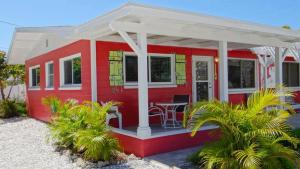 Barefoot Villas E #54499 Home - Holmes Beach