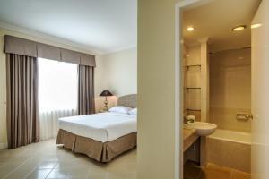 Batavia Apartments, Hotel & Serviced Residences, Апарт-отели  Джакарта - big - 31