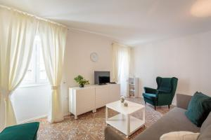 Holiday Home Nada - Dubrovnik