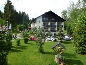 Penzion Landhaus am Forst - Apartments Bad Alexandersbad Německo