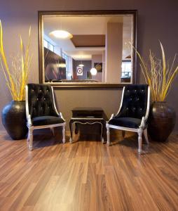 Sky Hotel, Отели  Орадя - big - 44