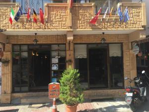 Отель Gumus Hotel, Кючюккую