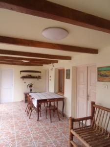 Guesthouse AISI in Lagodekhi, Penziony  Lagodekhi - big - 24