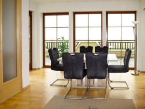 Haus Ruech 164W, Holiday homes  Hart im Zillertal - big - 13