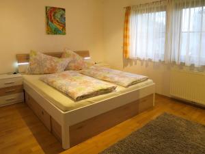Haus Ruech 164W, Holiday homes  Hart im Zillertal - big - 32