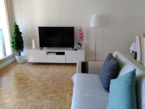 Bel et spacieux appartement de 84 m² avec parking très proche du Métro Garibaldi - Apartment - Lyon