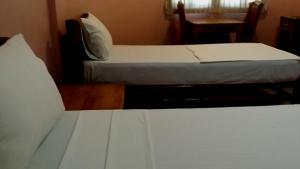 Garces Budget Apartelle - Maribago, Locande  Mactan - big - 20