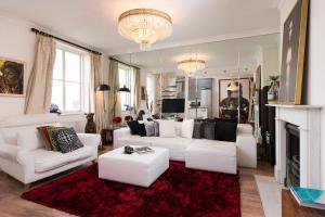 Mews House in Popular Earls Court, Апартаменты  Лондон - big - 1