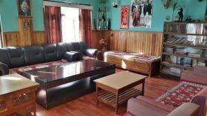 Auberges de jeunesse - Ashmi Home Stay
