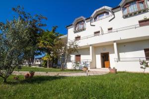 Villa Madona