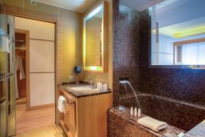 Marina Place Resort - Hotel - Genoa