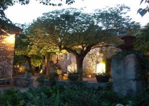 Location gîte, chambres d'hotes Mas Bella Cortis dans le département Drôme 26