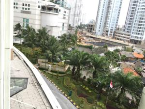 Peggy Central Park Residences, Apartments  Jakarta - big - 32
