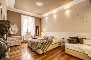Spanish Steps Miracle Suite - abcRoma.com