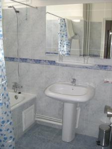 Hotel Mizrana Tigzirt, Hotels  Tigzirt - big - 16