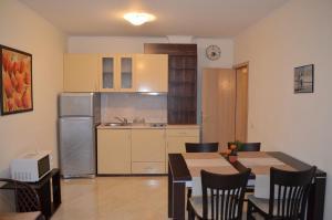 Sunny Island Apartment