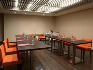 Hotel & Spa Villa Olimpica Suites, Отели  Барселона - big - 46