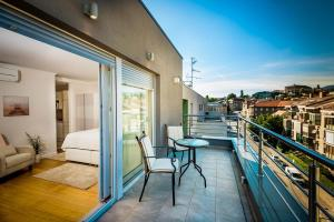 Apartments and rooms with parking space Zagreb - 14675