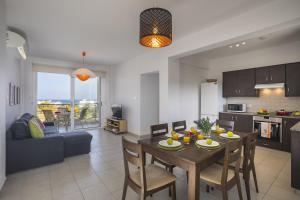 Protaras Palm Suite, Apartments  Protaras - big - 20