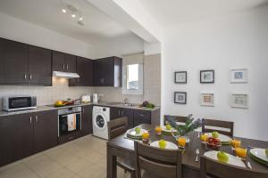 Protaras Palm Suite, Apartments  Protaras - big - 18