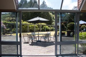 Woodland Glen Lodge B&B, Bed & Breakfast  Hokitika - big - 26