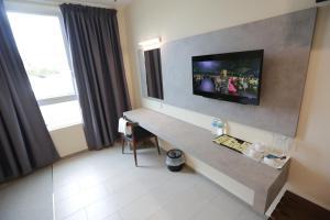 Pantai Regal Hotel, Hotely  Kuantan - big - 51