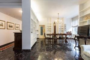 Borghi Mamo - The Place Apartments - AbcAlberghi.com