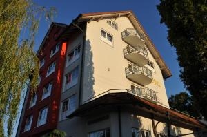 KIRCHERS PARK-HOTEL KAISERSTUHL Garni - Amoltern