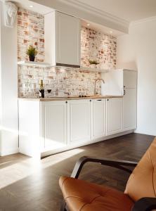 Algo Apartments