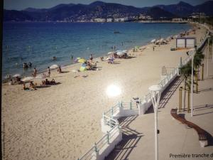 Cannes Terrace Beach Front & Sea view, Apartmány  Cannes - big - 114