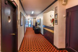 Royal Park Hotel & Hostel, Hostely  New York - big - 30