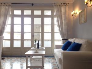 Nice Apartment in Corso Umberto: main center of Ta - AbcAlberghi.com