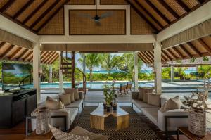 Four Seasons Resort Maldives at Landaa Giraavaru (9 of 52)