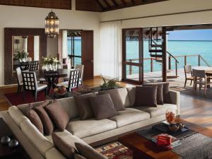 Four Seasons Resort Maldives at Landaa Giraavaru (2 of 52)