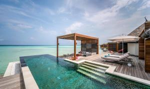 Four Seasons Resort Maldives at Kuda Huraa (8 of 44)