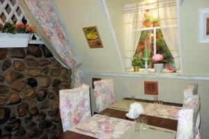 Hotel Stary Dom, Hostince  Tikhvin - big - 56
