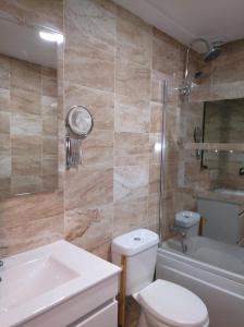 Hotel La Huella Del Camino, Hotely  Belorado - big - 18