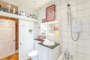 Outstanding Oxford Circus Home, Apartmány  Londýn - big - 31