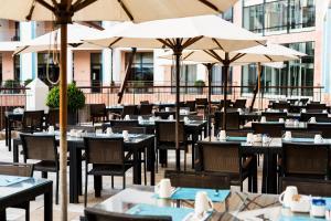 Hilton Vilamoura As Cascatas Golf Resort & Spa (4 of 129)