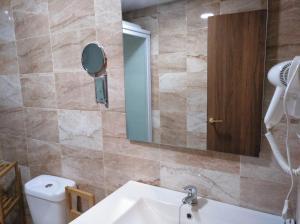 Hotel La Huella Del Camino, Hotely  Belorado - big - 4