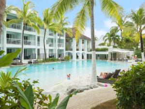 Beach Club Port Douglas 3 Bedr..