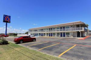 Motel 6-Corpus Christi, TX - East - North Padre Island
