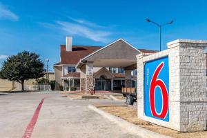 Motel 6-North Richland Hills, TX - NE Fort Worth