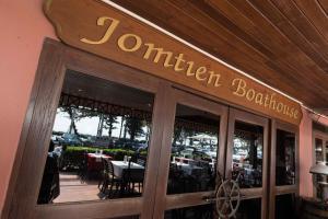 Jomtien Boathouse, Hotely  Jomtien pláž - big - 29