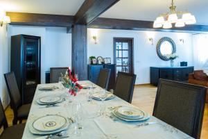 Bran Monte Crai Chalet, Guest houses  Bran - big - 22